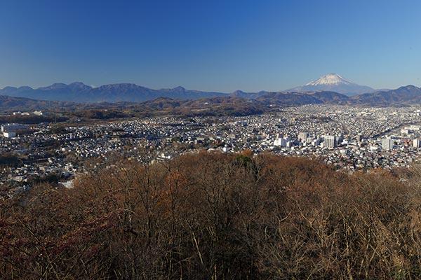 富士山と箱根の山並み